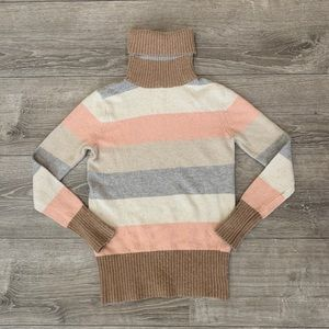 R898 Sweaters - Cozy striped turtleneck sweater🍂